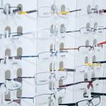 Comment bien choisir ses lunettes chez l'opticien ?